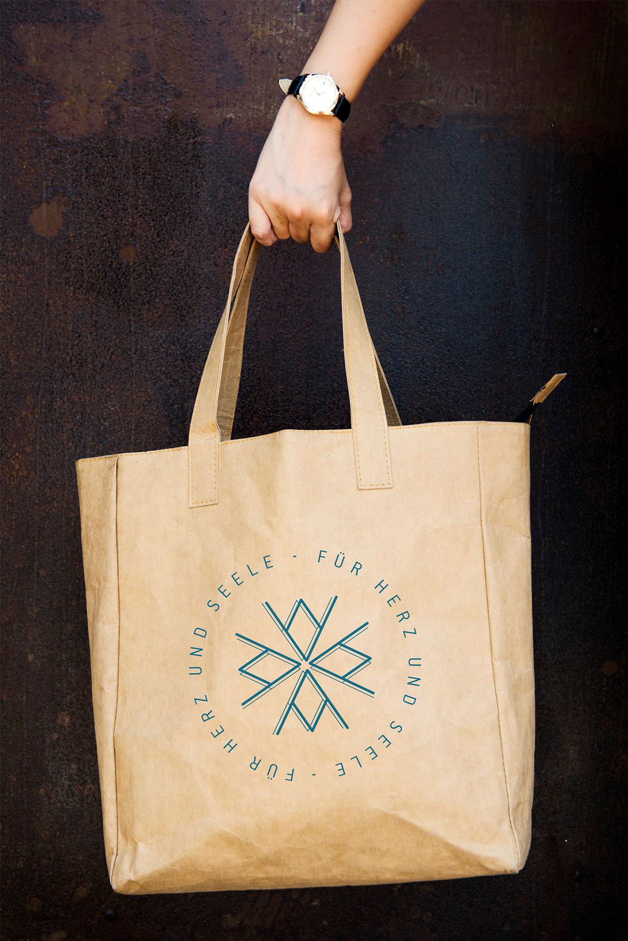 Frey und Meute - Ava and Green - logo tasche 1